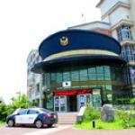 《13遊記》台南另類景點~戴著巨人警帽的警察局「新化分局」